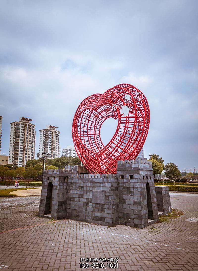 公园不锈钢心形和和平鸽雕塑