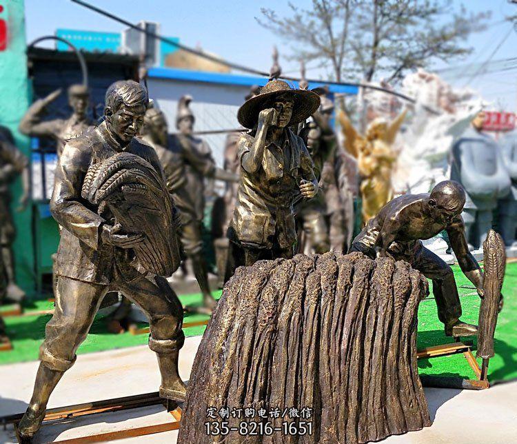 收稻子的人物铜雕