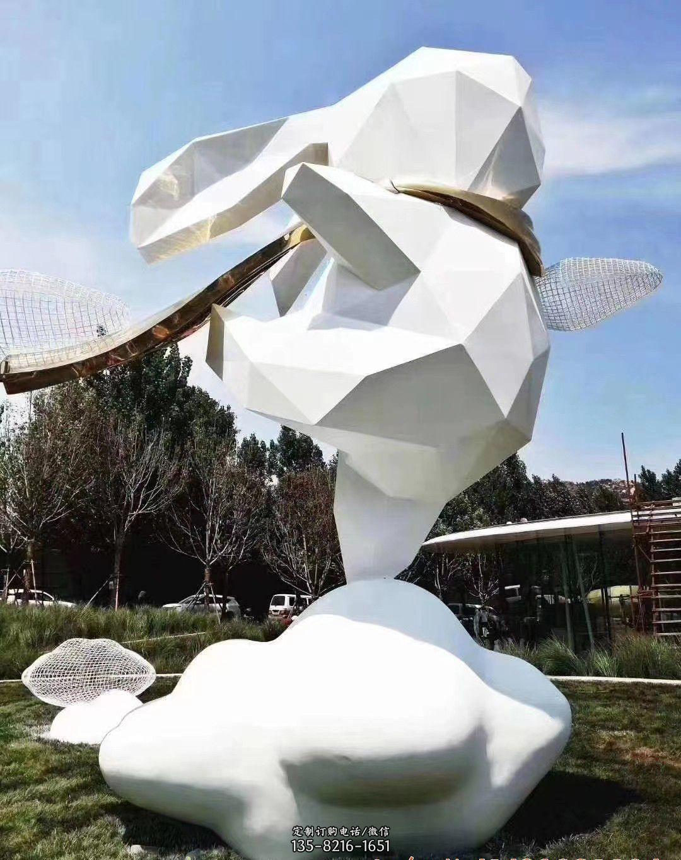 不锈钢兔子景观雕塑